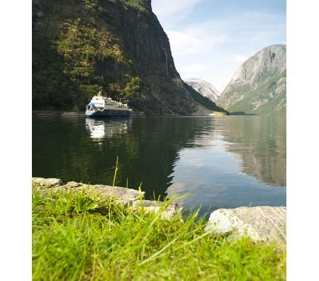 Gudvangen i Nærøyfjorden